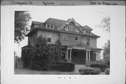 335 W PROSPECT AVE, a Colonial Revival house, built in Appleton, Wisconsin in 1904.