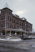 213 S CENTRAL AVE, a Romanesque Revival hotel/motel, built in Richland Center, Wisconsin in 1873.