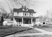 415 E 2ND ST, a Colonial Revival house, built in New Richmond, Wisconsin in 1907.