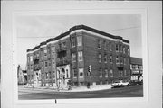 802-808 N 17TH ST, a Neoclassical apartment/condominium, built in Milwaukee, Wisconsin in 1902.