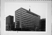 841 N BROADWAY, a Contemporary government office/other, built in Milwaukee, Wisconsin in 1958.