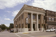 101 S MAIN ST, a Neoclassical bank/financial institution, built in Viroqua, Wisconsin in 1908.