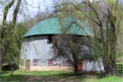 1123 Harris Rd, a Astylistic Utilitarian Building centric barn, built in Forest, Wisconsin in 1906.