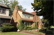 704 Orchard Street, a Tudor Revival house, built in Racine, Wisconsin in 1930.