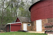 TenEyck, Albert and Minna, Round Barn, a Building.