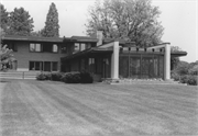 COUNTY HIGHWAY Y NORTH OF COUNTY HIGHWAY O, a International Style house, built in Sheboygan, Wisconsin in 1937.