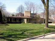 5961 N SHORE DR, a Wrightian house, built in Whitefish Bay, Wisconsin in 1950.