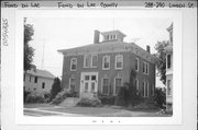 288-290 LINDEN ST, a Italianate house, built in Fond du Lac, Wisconsin in 1867.