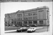 913 57TH ST, a Neoclassical elementary, middle, jr.high, or high, built in Kenosha, Wisconsin in 1924.