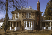 610 LIBERTY ST, a Octagon house, built in Ripon, Wisconsin in 1850.