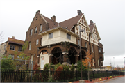 3424 W WISCONSIN AVE, a German Renaissance Revival house, built in Milwaukee, Wisconsin in 1905.