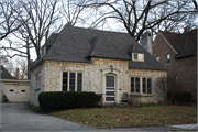 4524 N CRAMER ST, a Other Vernacular house, built in Whitefish Bay, Wisconsin in 1925.