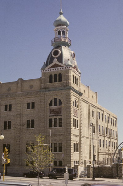 235 W GALENA ST A German Renaissance Revival Brewery Built In Milwaukee Wisconsin