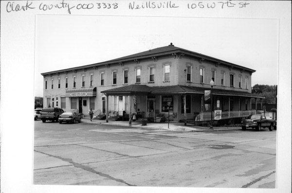 105 W 7th St A Italianate Hotel Motel Built In Neillsville Wisconsin
