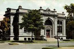 Racine Heritage Museum .